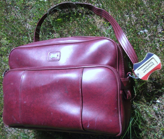 Rare Vintage American Tourister Soft Flexible Red Marble Vinyl Carry On Travel Tote Zip up Bag  ( 50 % DISCOUNTED APPLIED )