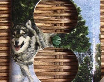 Wolf Outlet Cover Plate with Child Safety Cover's Light Switch Covers in Shop
