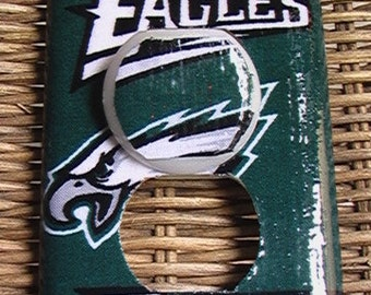 Philadelphia Eagles Outlet Cover Plate with Child Safety Covers