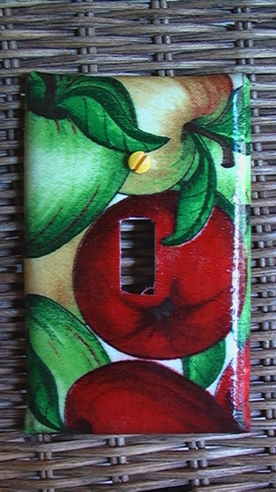 Red Golden Green Apples Single Toggle Light Switch Plate Cover