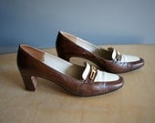 SALE-vintage Ferragamo brown and white spectator shoe 7 1/2 AAA