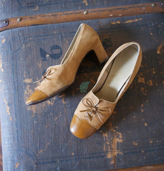 Vintage 40s Sienna Suede Patten Leather Red Cross Shoes 6.5