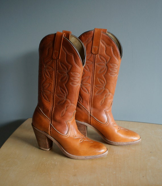 vintage 70s orange tan leather boots 5.5