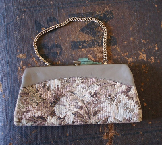SALE 70s Tapestry FLORAL Neutral Clutch Purse