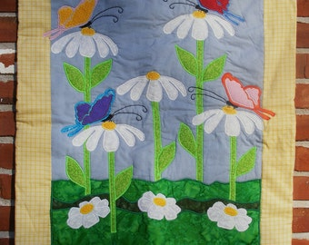 Ladybug and Daisy Baby Lap Quilt/Wall Hanging
