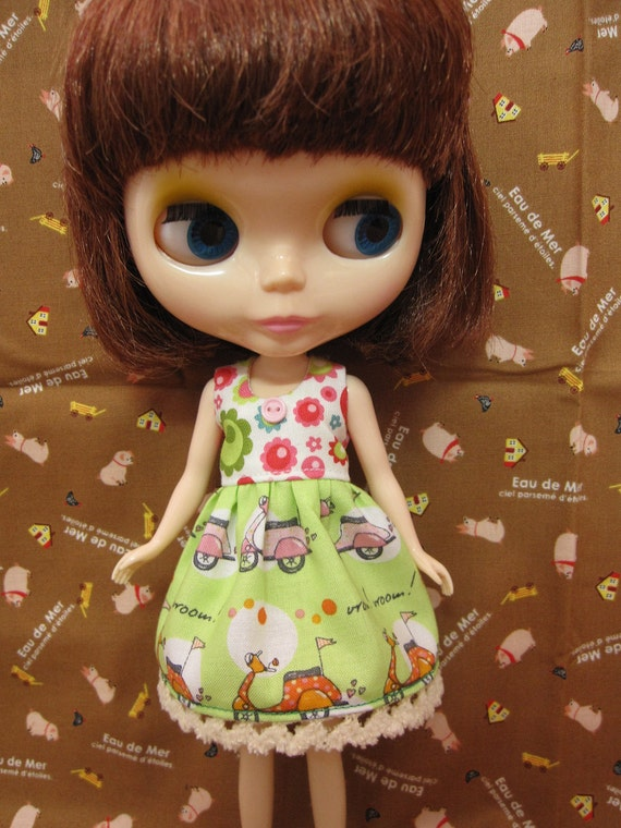 Bright green vespa dress for blythe