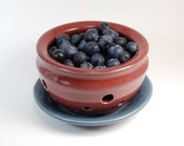 Mini Colander Berry Bowl with Saucer