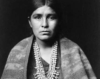 Jewelry woman Indian Image 8 1/2 x 11 Image
