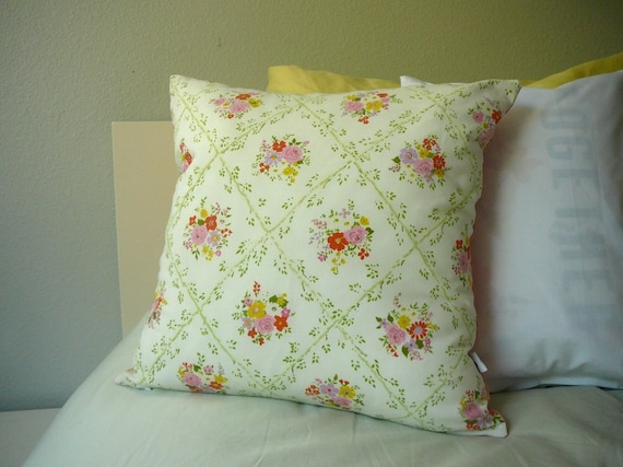 SALE - Vintage Floral - Pillow Cover