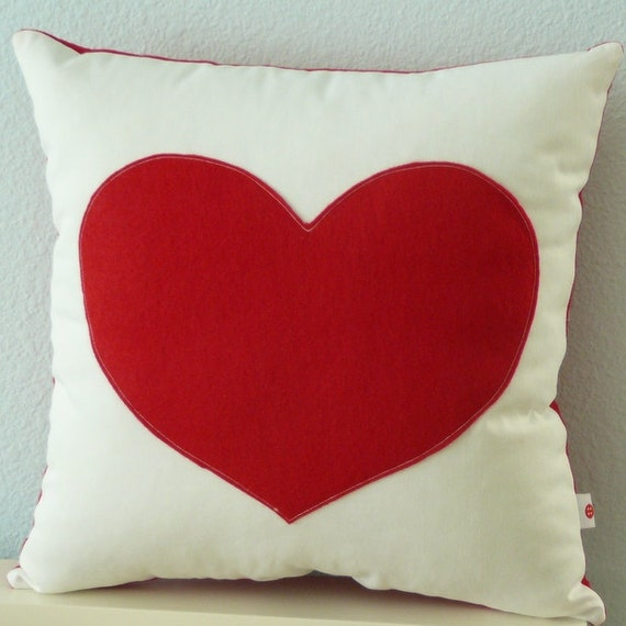 Heart Pillow -  Decorative Pillow Cover - I Love You