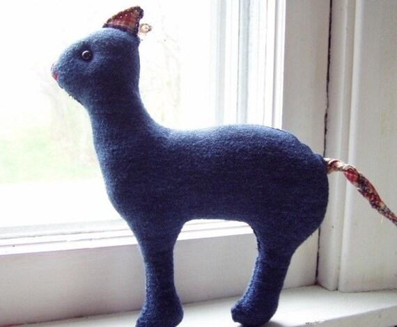 Desmond Plush Cat