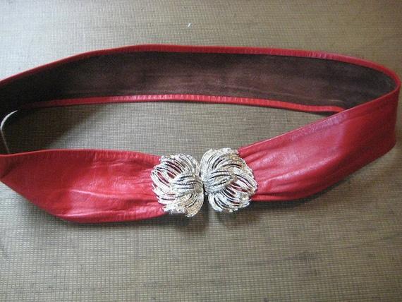 Vintage Leather 1970s Belt - Ornate Gold Buckle - Red - Adjustable