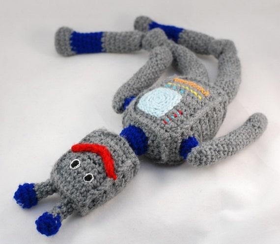 Robot - crochet - toy