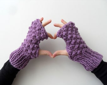 Fingerless Gloves, Purple Gloves, Amethyst Plum Violet, Popcorn Knit, Blackberry Knit, Bubbles, Winter Fashion Valentines Day Gift