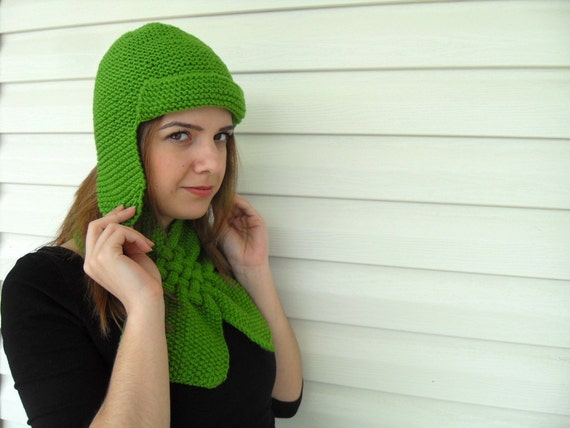 St Patricks Day Gift,Hand Knit Hat and Neckwarmer,Green Pilot Hat, Womens Hat, Winter Accessories, Chunky Cute Hat, Beanie