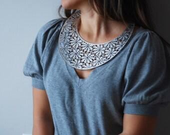 Metallic Silver Lace Leather Bib Collar
