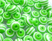 60pcs Striped Resin Plastic Beads Light Green/ White 8x7mm