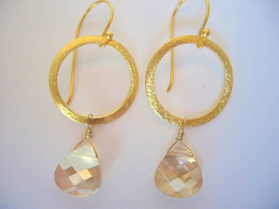 Golden Crystal Briolettes on Brushed Gold Rings Earrings