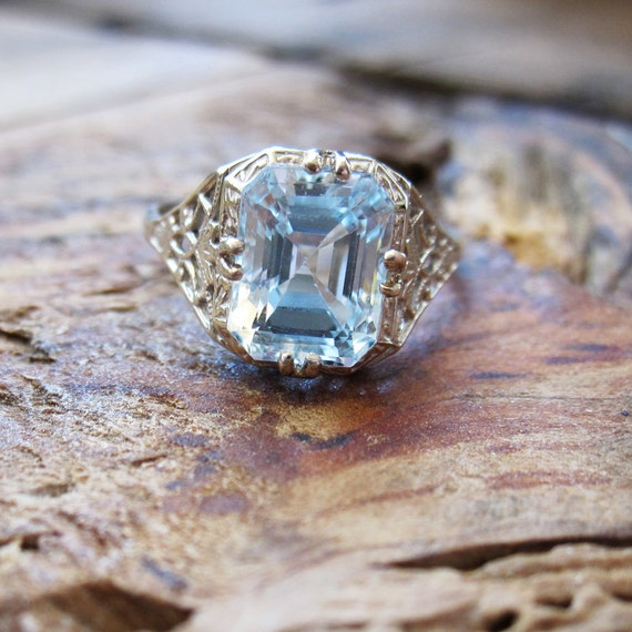 VINTAGE Art Deco 3CT Aquamarine Ring in 14K White Gold Filigree Setting