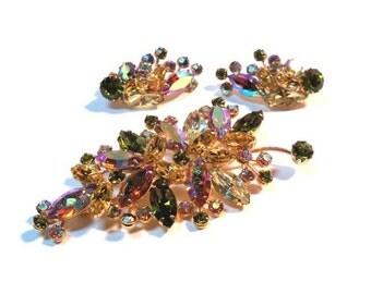 Vintage Signed WEISS Aurora Borealis RHINESTONE Leaf Brooch and Earring Set