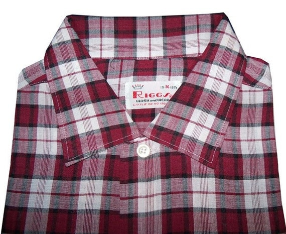 MINT Never Worn Vintage 1950s Cranberry Plaid Rayon RIGGS Rockabilly Shirt Size 15-1/2 Medium DEADSTOCK