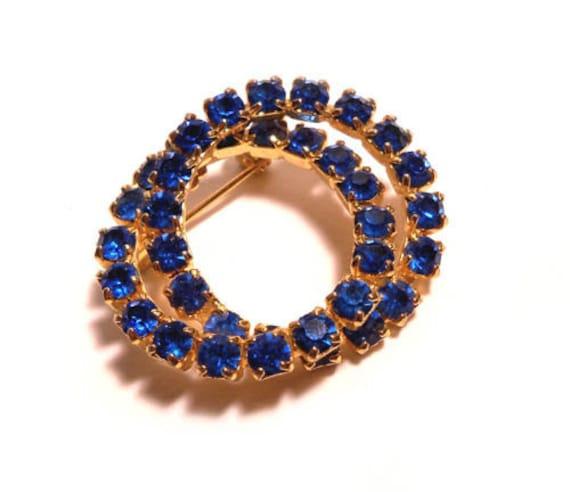 Vintage Cobalt Blue RHINESTONE Double Circle Wreath Infinity Pin Brooch