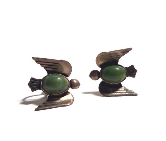 Vintage1940s Mexican Silver Thunderbird Bird Earrings with Green Agate Stone Screwback