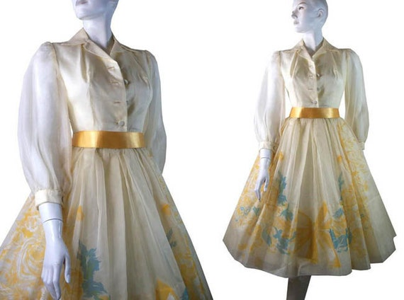 Classic Floral Printed 1950s Yellow Chiffon Garden Party Dress with Full Skirt Size Small By Joan Barrie New York