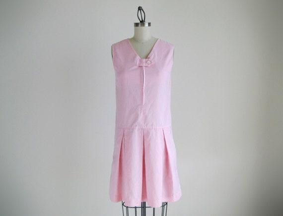Vintage pink sleeveless dress with pleated skirt.(SALE)