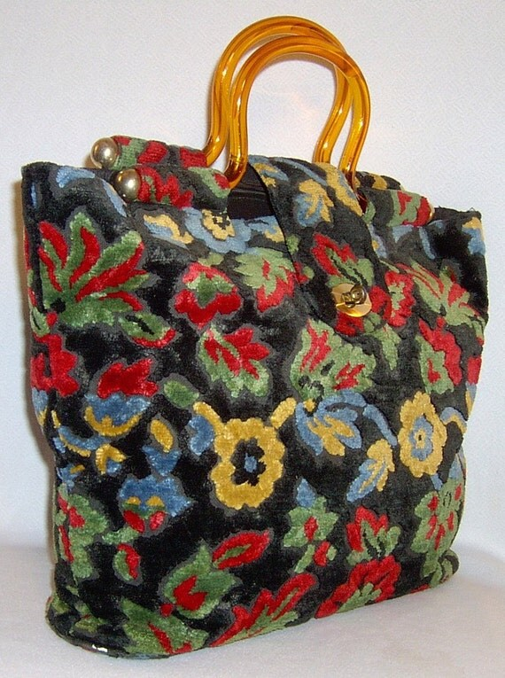 Reserved vintage carpet bag purse - 1960s - large plush floral tote with amber lucite