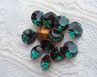 SS24 Swarovski Emerald Green Round Loose Rhinestones  #1100