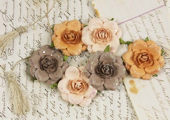 Tea roses - latte Paper Flowers