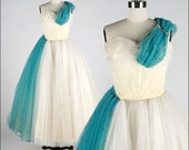 Vintage 1950s Dress . Ivory Tulle . Blue . Rhinestones . Shirred . Full Skirt . M . 1622