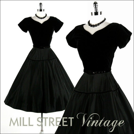 R E S E R V E D // Vintage 1950s Dress . Black Velvet . Matching Belt . 1100