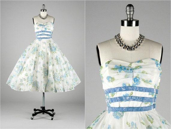 Vintage 1950s Dress . White Chiffon . Tulle . Blue Flocked Flowers . Blue Velvet . Shirred Bodice . Full Skirt . S/M . 1536