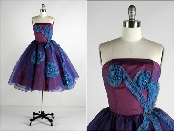Vintage 1950s Dress . Purple Chiffon . Tulle . Sash . Strapless . Full Skirt . Rhinestones . Brooches . Ruffles . XS/S . 1767