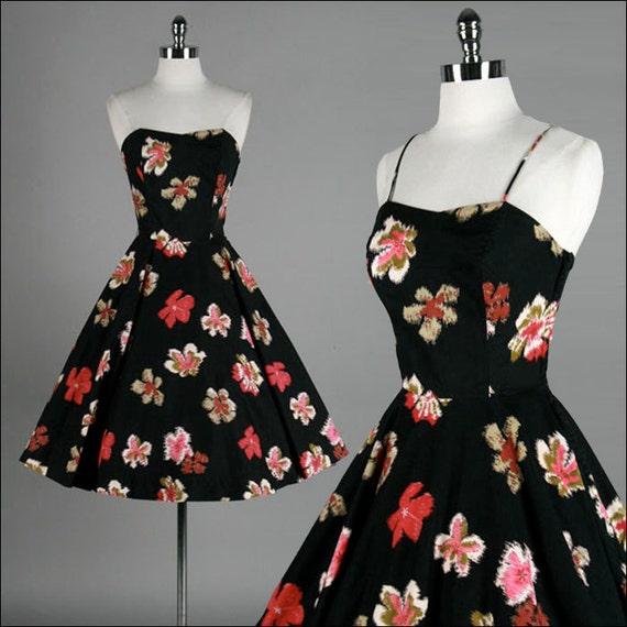 Vintage 1950s Dress . Black Cotton . Floral . Flowers . Summer Dress . Sundress . Strapless .  Full Skirt . XS/S . 1843
