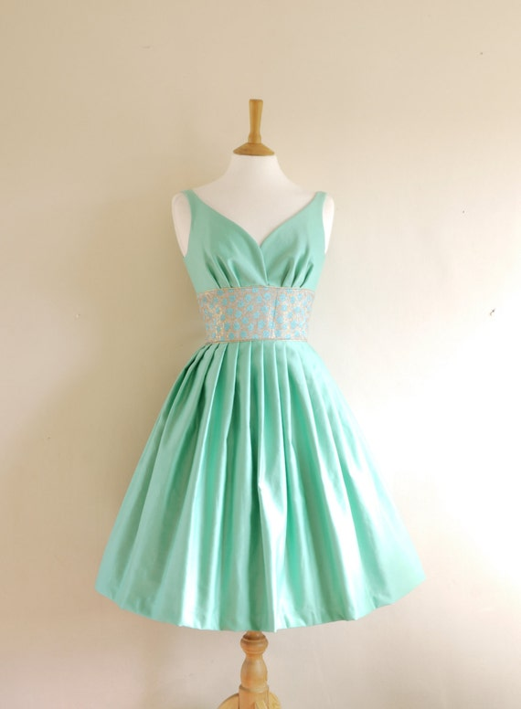 Size UK 8 (US 4-6) - Mint Green Cotton Satin Prom Dress - Made by Dig For Victory