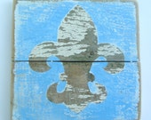 Shabby Chic/French Country Fleur de Lis on Reclaimed Picket Fencing Wood