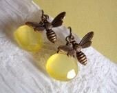 sweet honey bee earrings - warm bronzey hued brass - honey yellow chalcedony stones
