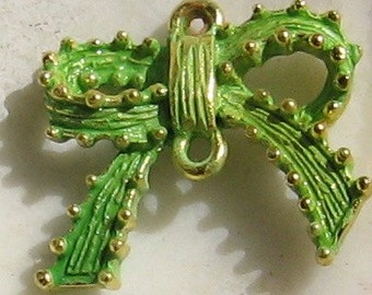 kawaii charm, BOW connector charm,  keylime green patina - 2 pcs - jewelry supplies