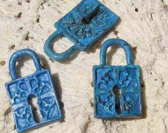 lock pendant charm, BLUE patina 2 pcs