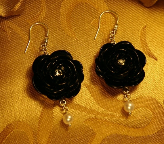 Black Rose Cabochon Earrings with Satin White Freshwater Pearl Dangles/Maid of Honor Gift/Bridesmaid Gift