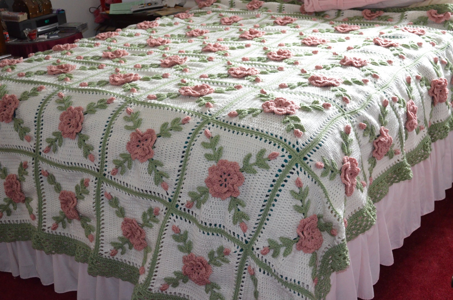 Floral Wild Rose Crocheted Afghan King Size Made by sherryann325