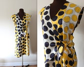 40% OFF SALE Tie Waist Dress /  Wrap Dress / Sheath Dress (m-l)