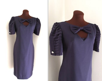 SALE 1980s Dress / Wiggle Dress / Armadillo Sleeves (m-l)