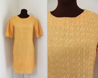 1960s Lace Dress / Mini Dress / Scooter Dress (s-m)