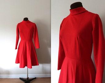 Red Skater Dress / Scooter Dress / 1970s Dress (s-m)