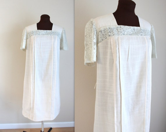 1960s Dress / Gauzy Cotton Dress / Shift Dress (l)