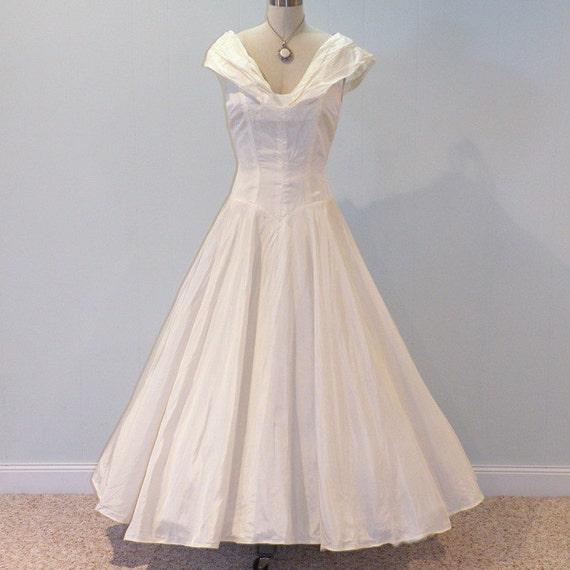 HOLD for Lisa 50s Wedding Dress, Ivory White Silk Taffeta Plunging Shelf Bust Party Dress, Nipped Waist, Full Circle Skirt, Bombshell Chic